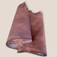 Blanklederhälfte 1,3-1,5mm, natur+Fett eingebügelt